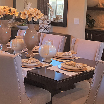 Writing by Gretchen Heber: Make your dining room the centerpiece of the holidays | SocialGazelle.com
