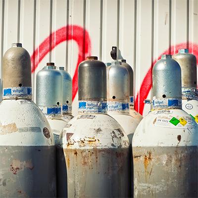 Managing oxygen supplies in hospitals